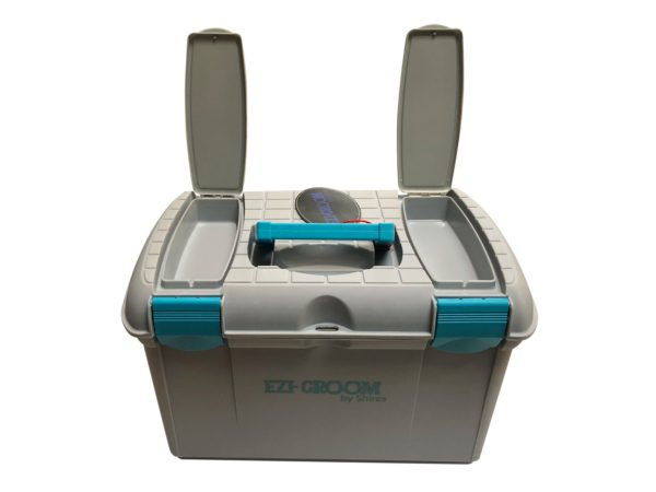 Two Tone Tack Box