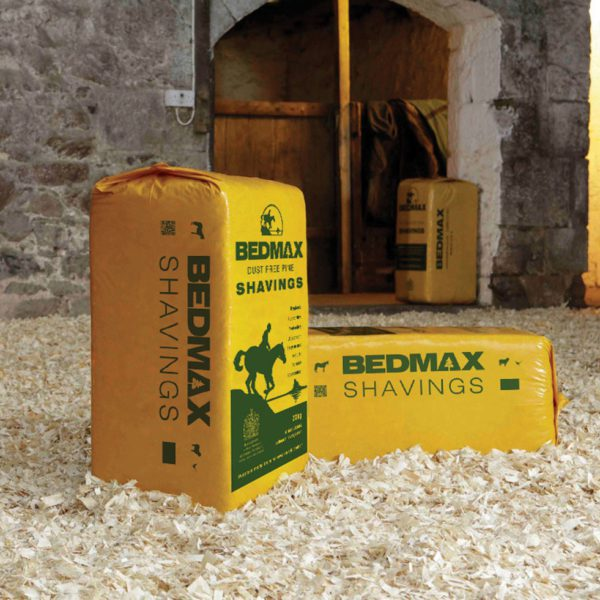 Bedmax Shavings 20kg - bedmax background 1